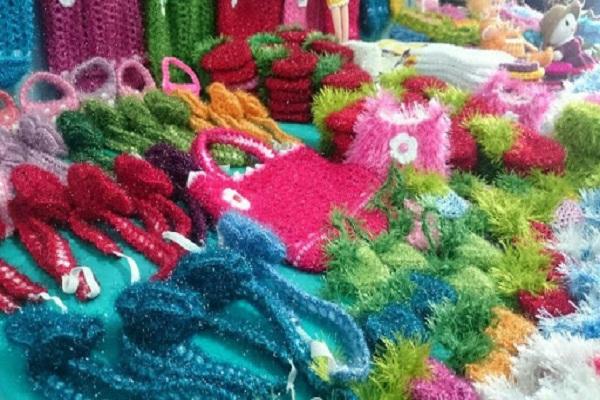 گشودن کلاف کرونا با هنر بافندگی/ حمایت از کارآفرینان سبب اقتدار در تولید و اشتغال زایی در جامعه می شود